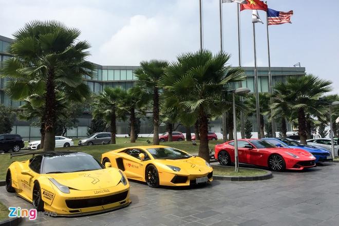 Dan sieu xe trieu USD do bo Ha Noi chuan bi cho Car & Passion hinh anh 2