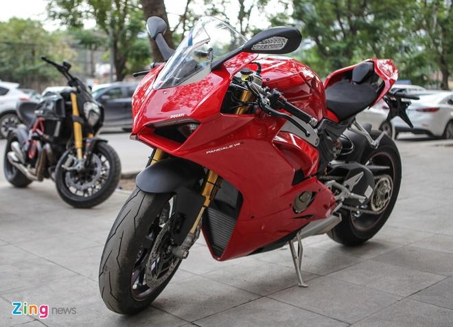 Sieu moto Ducati Panigale V4 S dau tien Dong Nam A ve tay biker Ha Noi hinh anh 1