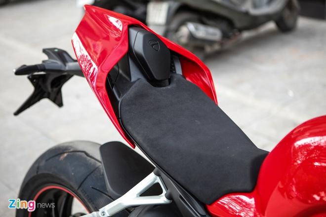 Sieu moto Ducati Panigale V4 S dau tien Dong Nam A ve tay biker Ha Noi hinh anh 12