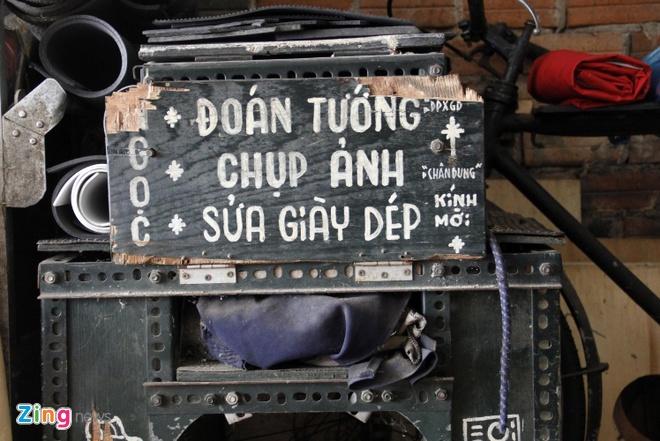 Cu ong 85 tuoi o Sai Gon phuot bang xe may khap 3 mien hinh anh 3