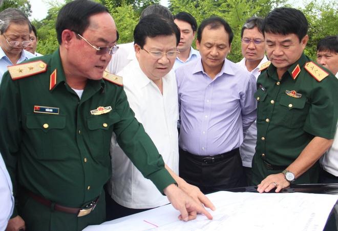 Pho thu tuong: Can mo rong san bay Tan Son Nhat hinh anh 1