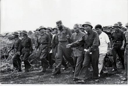 Fidel Castro viet ve chuyen tham lich su toi Viet Nam hinh anh 2