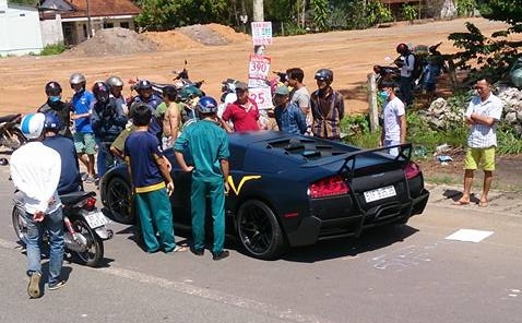 Sieu xe Lamborghini tong chet nguoi o Dong Nai, xu sao? hinh anh 1