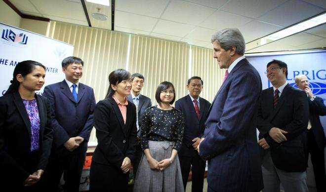 John Kerry va hanh trinh cua Dai hoc Fulbright hinh anh