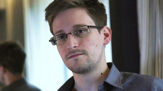 Nga can nhac tra Snowden de 'lam qua' cho Trump hinh anh