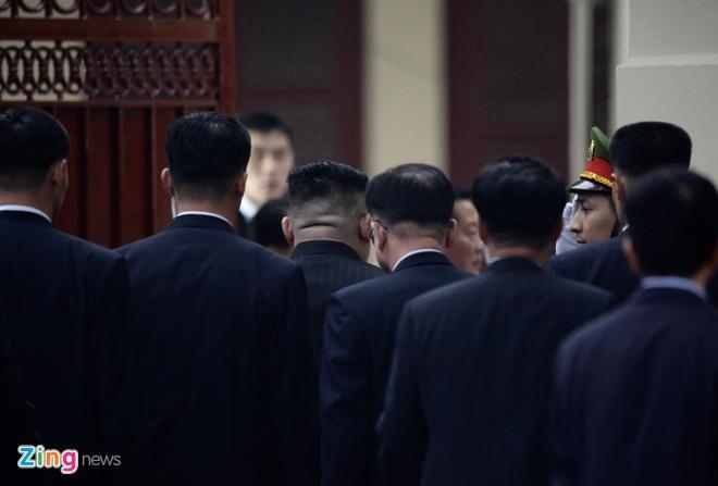 Kim Jong Un tai Ha Noi anh 13