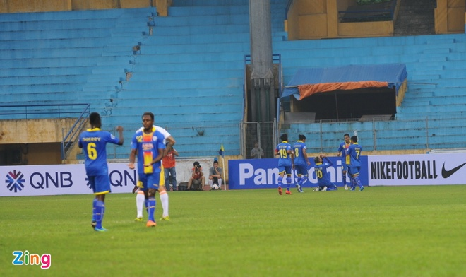 Thang CLB Indonesia, Ha Noi T&T chiem ngoi dau AFC Cup hinh anh 4