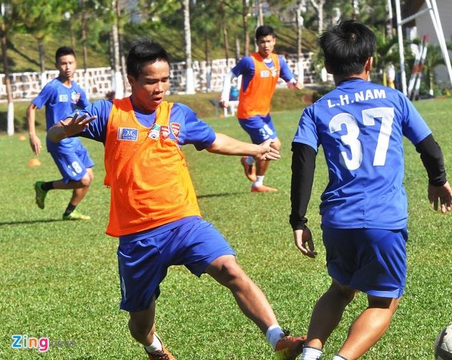 U19 Viet Nam goi lai cau thu tung bi loai vi da tho bao hinh anh 1