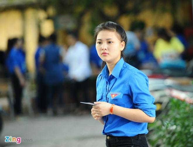 Dan nu sinh tinh nguyen cua HV Hanh chinh hinh anh 1 Doi truong SVTN_ Trinh2_zing.JPG