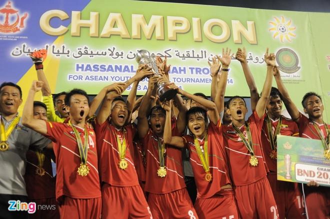 Cau thu U19 VN khoc nuc no sau tran thua Myanmar hinh anh 7