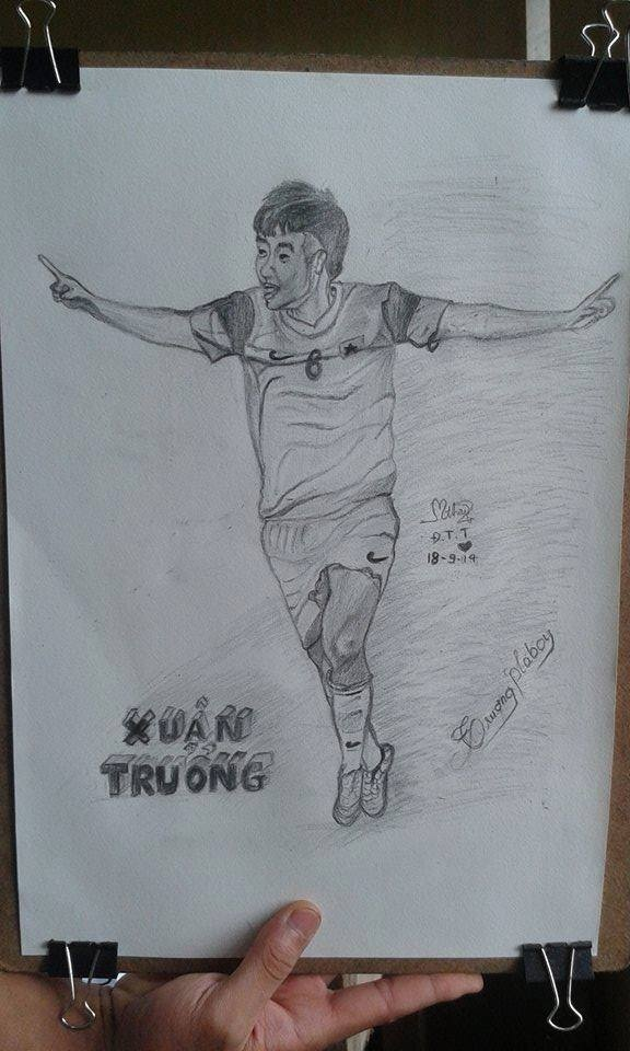 Fan nu thuc thau dem ve tranh tang U19 Viet Nam hinh anh 3