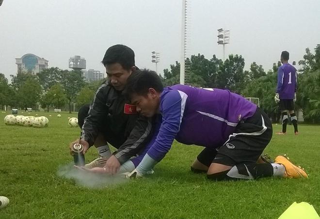 Nguyen Manh bi gay tay, SLNA thang 2-0 o AFC Cup 2018 hinh anh 2