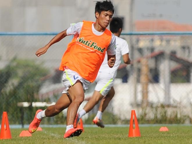 CLB HAGL di chuyen 100 km de gap doi thu hang 17 Thai League hinh anh