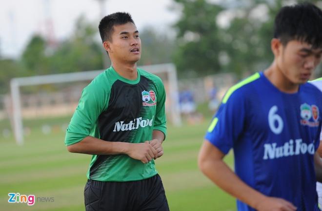 Cong Phuong, Xuan Truong tu tin di bong qua cau thu Thai Lan hinh anh 12