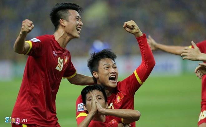 Viet Nam vuon len dan dau khu vuc tren BXH FIFA hinh anh 1