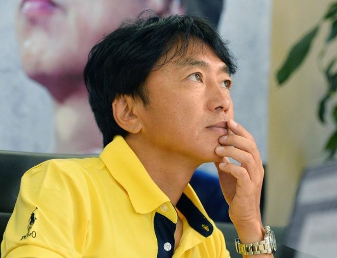HLV Miura dat chi tieu vao ban ket SEA Games 28 hinh anh
