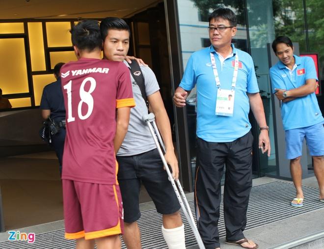 Cau thu U23 Viet Nam mat ngu sau tran thang Malaysia hinh anh 2