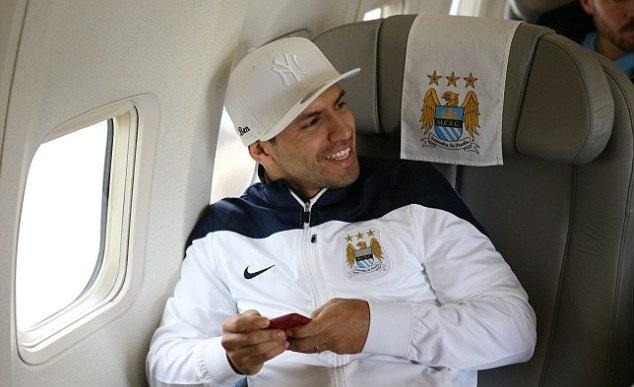 Can canh chuyen co cho Manchester City den Viet Nam hinh anh