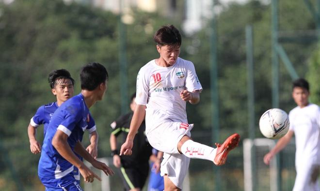 U19 Viet Nam bi Viettel cam hoa trong tran cau mua ban thang hinh anh