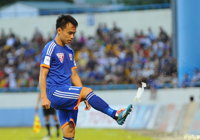 Hau ve Quang Ninh da tui nuoc kich dong fan Hai Phong hinh anh