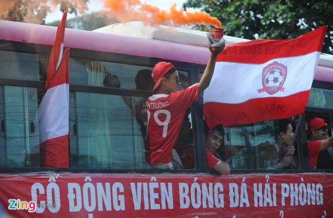 CDV Hai Phong dot phao khoi chan xe o tram thu phi Tuan Chau hinh anh 11