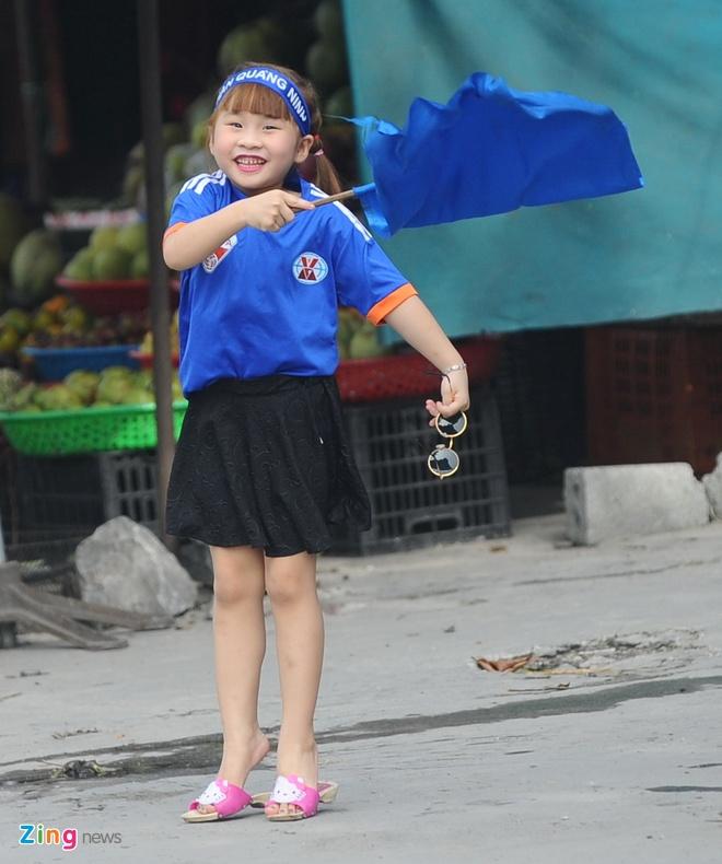 CDV Hai Phong dot phao khoi chan xe o tram thu phi Tuan Chau hinh anh 12