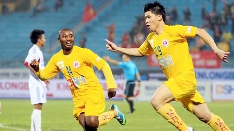 CLB Ha Noi gianh ve len hang V.League som 1 vong dau hinh anh