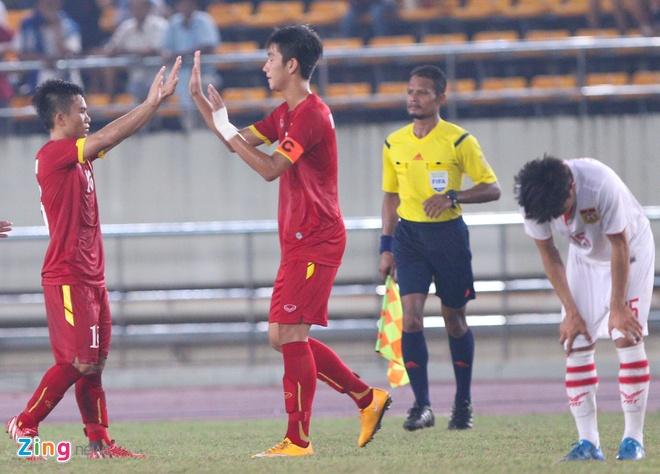Sau khi trận đấu kết thúc với thắng lợi 4-0 nghiêng về U19 Việt Nam,