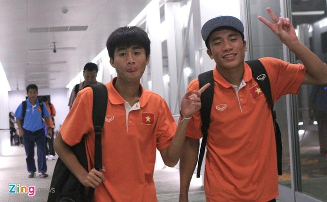 Khong co nguoi ham mo don U19 Viet Nam ngay tro ve hinh anh 2