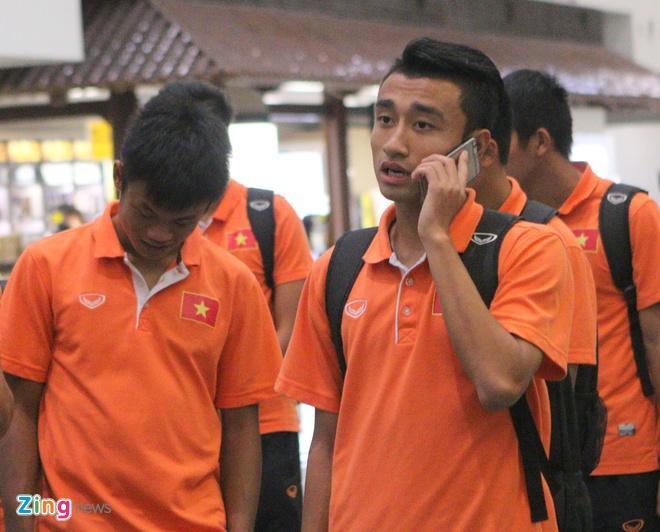 Khong co nguoi ham mo don U19 Viet Nam ngay tro ve hinh anh 6
