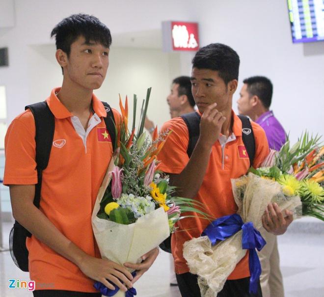 Khong co nguoi ham mo don U19 Viet Nam ngay tro ve hinh anh 4