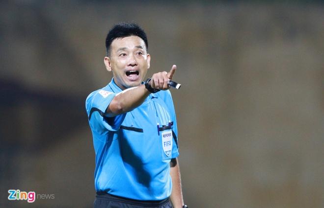 Trong tai Vo Minh Tri doat Coi vang V.League 2015 hinh anh 1