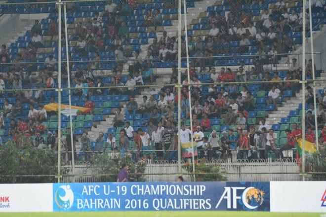 U19 VN thi dau no luc duoi thoi tiet nang nong o Myanmar hinh anh 8