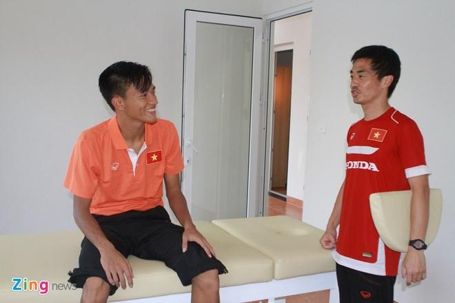 HLV Miura khen Cong Phuong, Phi Son dut diem tot hinh anh 8