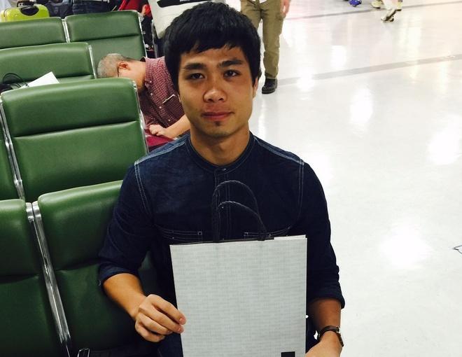 Cong Phuong nhan qua J.League khi vua toi Nhat Ban hinh anh