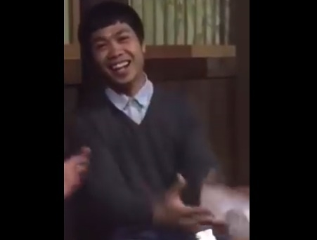 Cong Phuong tap dem bang tieng Nhat Ban hinh anh