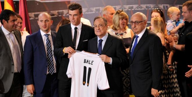 Con Perez, Real Madrid con thua xa Barca hinh anh