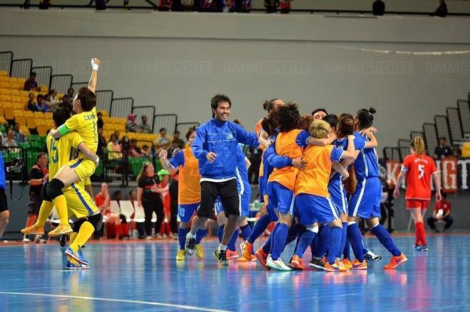 Futsal nu Viet Nam vo dich giai CLB Dong Nam A hinh anh