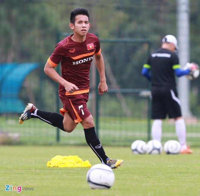 Hong Duy tro lai tap cung U23 Viet Nam hinh anh 3