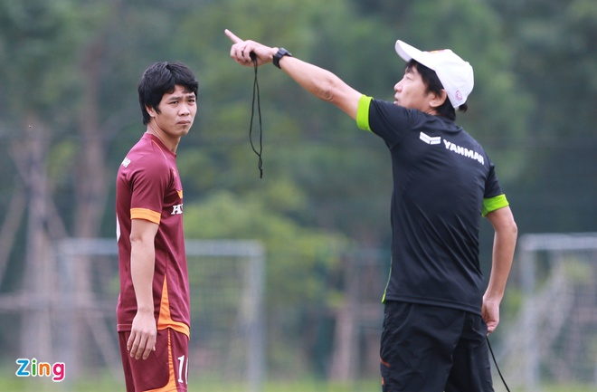 Hong Duy tro lai tap cung U23 Viet Nam hinh anh 5