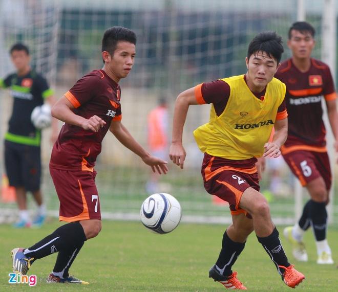 Hong Duy tro lai tap cung U23 Viet Nam hinh anh 6