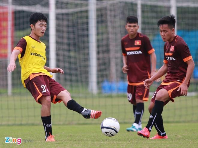 Hong Duy tro lai tap cung U23 Viet Nam hinh anh 7