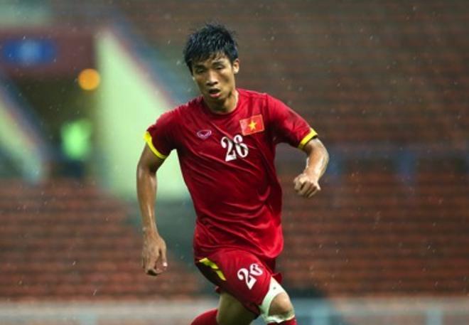 Trung ve U23 Viet Nam lo bi loai sau 1 thang khoac ao linh hinh anh