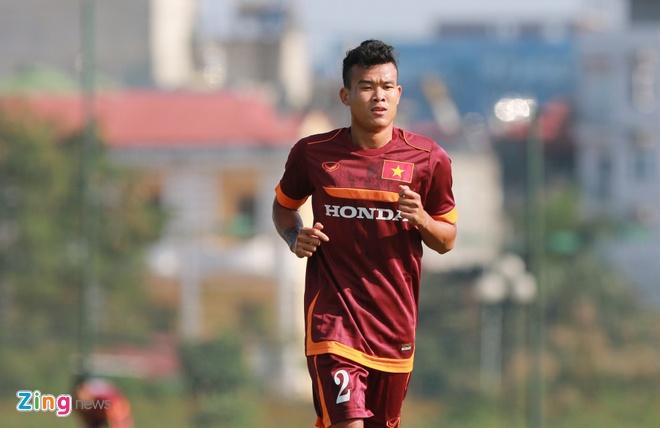 U23 Viet Nam tap dan bong vuot rao nhu VDV dien kinh hinh anh 7