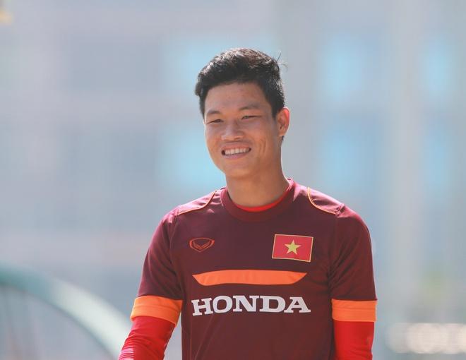 Dong Trieu tiet lo 2 muc tieu cua cau thu HAGL Arsenal-JMG hinh anh