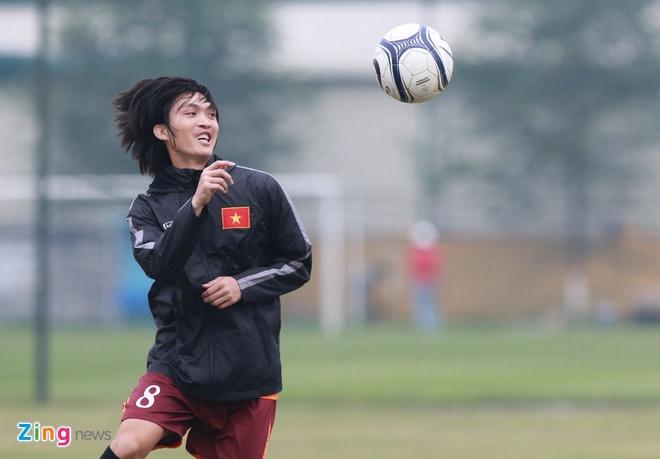 Tuan Anh ren ky thuat cung nhom cau thu chan thuong U23 VN hinh anh 6