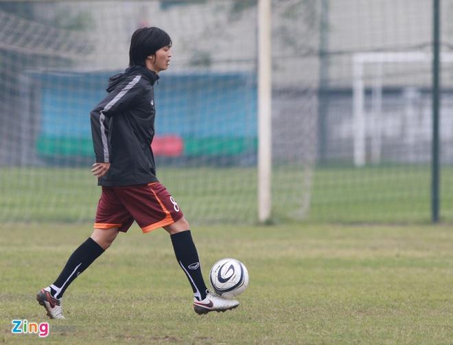 Tuan Anh ren ky thuat cung nhom cau thu chan thuong U23 VN hinh anh 7