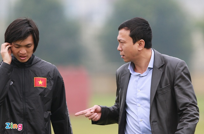 Tuan Anh ren ky thuat cung nhom cau thu chan thuong U23 VN hinh anh 8