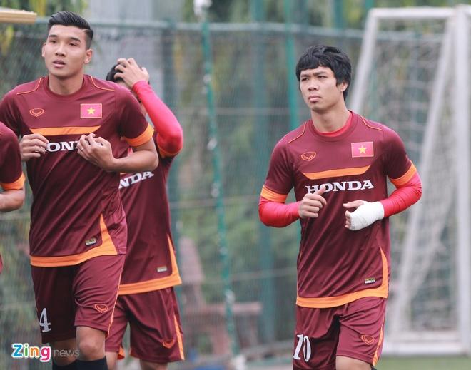 Tuan Anh ren ky thuat cung nhom cau thu chan thuong U23 VN hinh anh 10