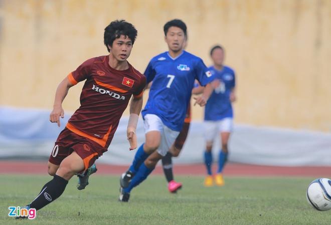 Tien ve U23 VN chan thuong sau cu vao bong cua JFL Selection hinh anh 6